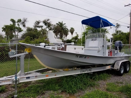 Redfish-Runner-Bay-Guide-Service-Boat-1024x768